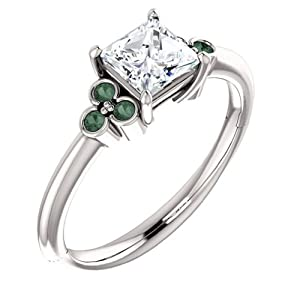 18K White Gold Princess Cut Diamond and Alexandrite Engagement Ring