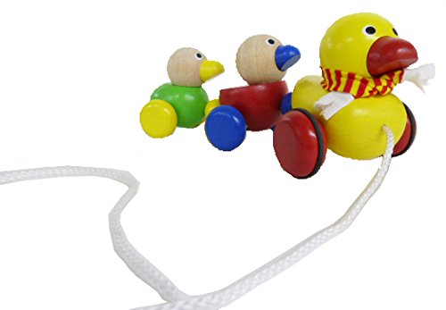 Wonderworld-Duck-Family-Wooden-Pull-Along-Toy
