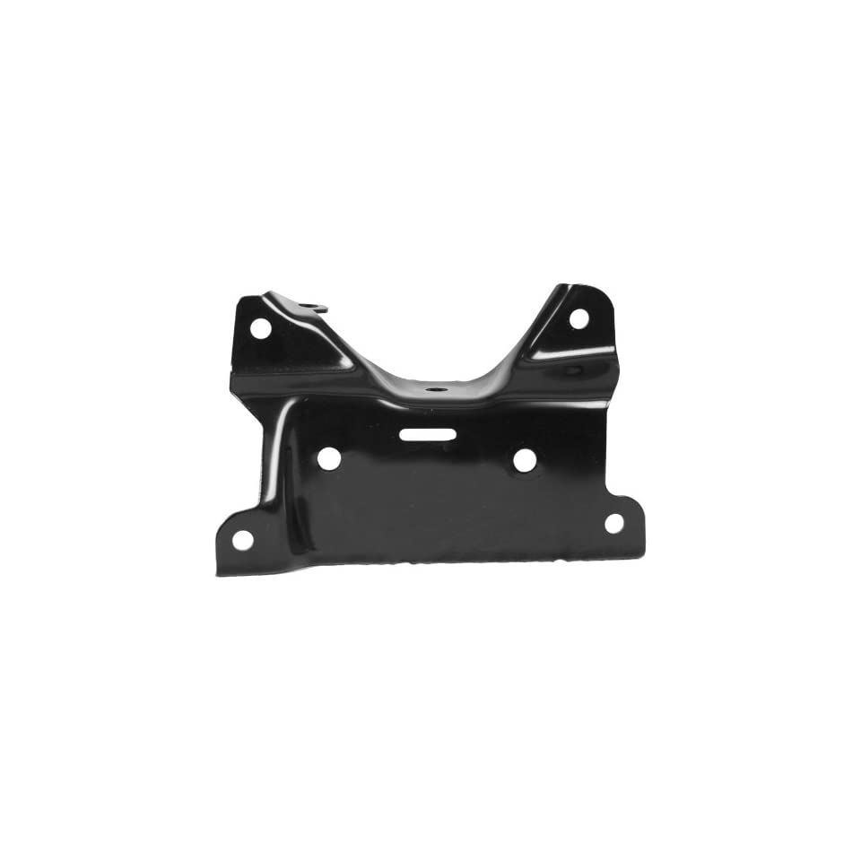 OE Replacement Chevrolet Silverado Front Driver Side Bumper Bracket (Partslink Number GM1066186)