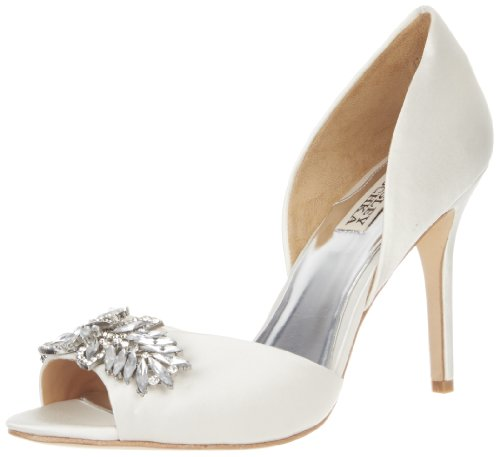 Badgley Mischka Women&#8217;s Nikki Pump,White,7 M US