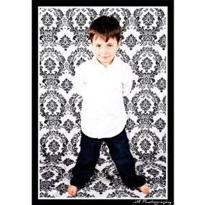 La Linen™ Photography Background Damask Cloth Backdrop Black And White Mod 58-Inch Wide By 108-Inch High, Made In Usa. front-1038163