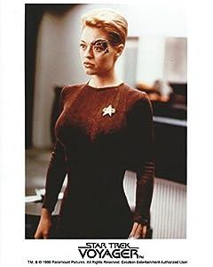 Star Trek Voyager Jeri Ryan as 7 of 9 8x10 Photo