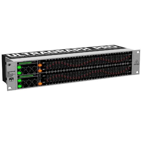 Behringer Ultragraph Pro FBQ3102 Equalizzatore audio DJ professionale processore di effetti analogico (2 canali ,31 bande, FBQ, XLR)