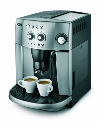 De'Longhi Magnifica ESAM4200 15-Bar Bean To Cup 