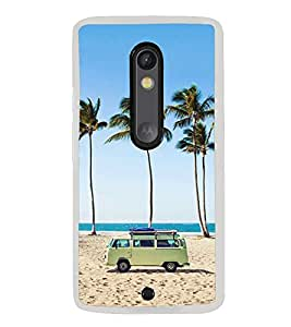 ifasho Bus on a beach Back Case Cover for Moto G3