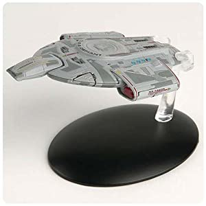 Star Trek Starships U.S.S. Defiant NX-74205 Vehicle & Mag.