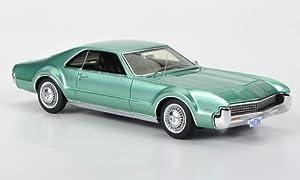 1966 Oldsmobile Toronado in Green in 1:43 Scale by Spark