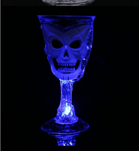 SINLOOG Luminous skull Flashing Cup Halloween skull luminous champagne goblet Flashing Beer Cup Wine Drink Magic Cups Beaming Pirates Of The Caribbean Ghost Head Glasses Summer Holiday Family Party