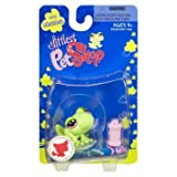 Littlest Pet Shop Messiest Single Figure Frog With Pink Waterbottle
