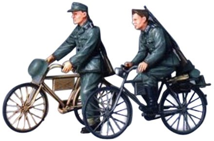 Tamiya Models German Soldier with Bicycles - 1