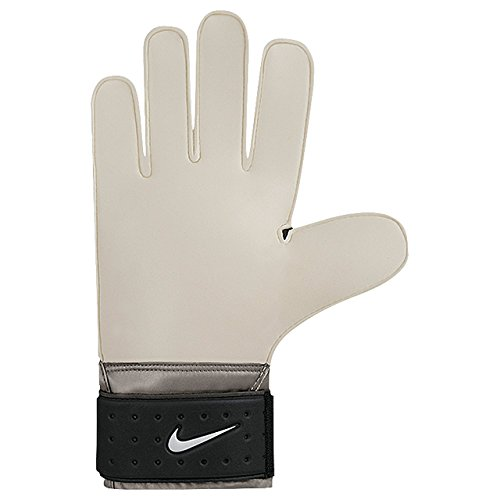 Nike Match Goalkeeper Soccer Goalkeeper Gloves.