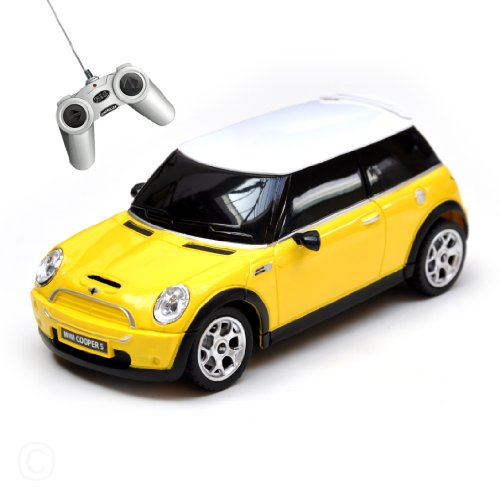 41 XlNN8sML massG® Mini Cooper R/C car 1:24 scale Yellow