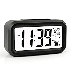 21¡æ Digital Alarm Clock, Large HD Display, Snooze, Smart Soft Light, Progressive Alarm, Battery Operated, Simple Setting, Temperature Display, Easy for Travel (Black)