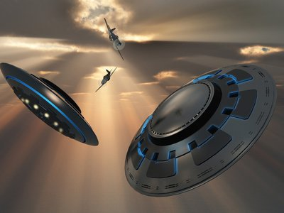 UFOs and Fighter Planes in Skies over Roswell