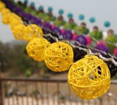 New Solar Powered Led Yellow Rattan Garden Lantern Fairy Light String