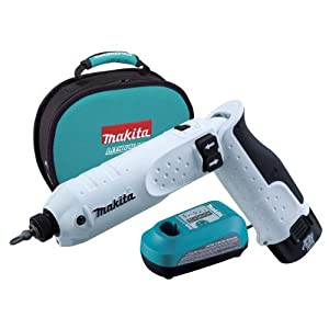 Makita TD020DSEW 7.2-Volt Lithium-Ion Cordless Impact Driver Kit