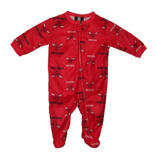 NBA Chicago Bulls Baby Comfortable One-Piece Footed Long Sleeve Romper 0-3M Red at Amazon.com