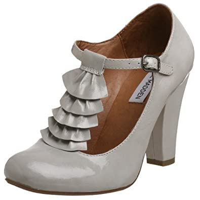 Steve Madden Women's Impereal T-Strap Ruffled Pump,Grey Patent,5 M US