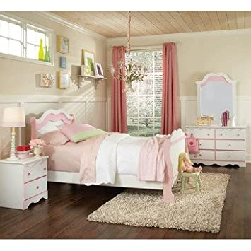 Standard Furniture Bubblegum 4 Piece Sleigh Bedroom Set in White & Pink