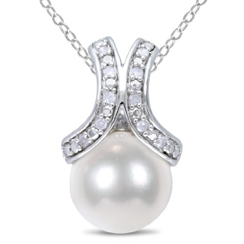 Sterling Silver 8.0-8.5 mm Freshwater Cultured Pearl and Diamond Pendant Necklace (.05 Cttw, G-H Color, I2-I3 Clarity), 18