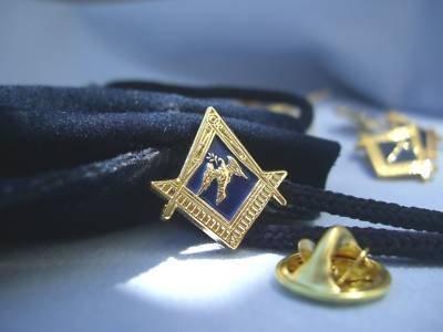 Masonic Lodge Deacon Dove HAT TIE OR LAPEL PIN