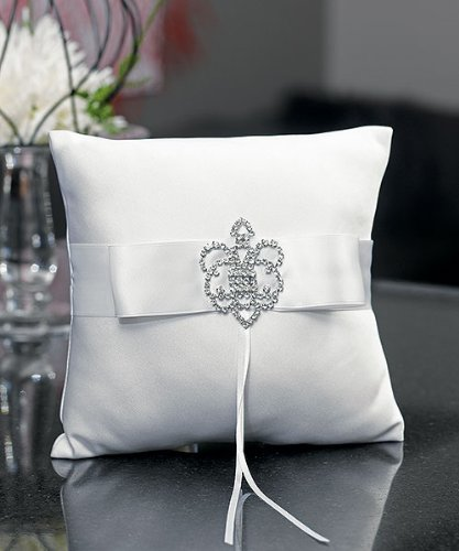 Weddingstar-Beverly-Clark-The-Crowned-Jewel-Collection-Ring-Pillow-White