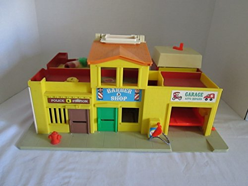 VINTAGE FISHER-PRICE PLAY FAMILY VILLAGE - 1973