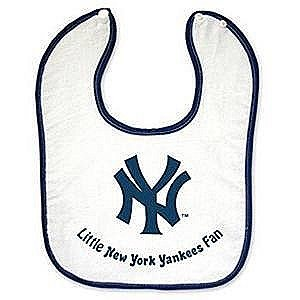 New York Yankees Button Baby Bib front-957998
