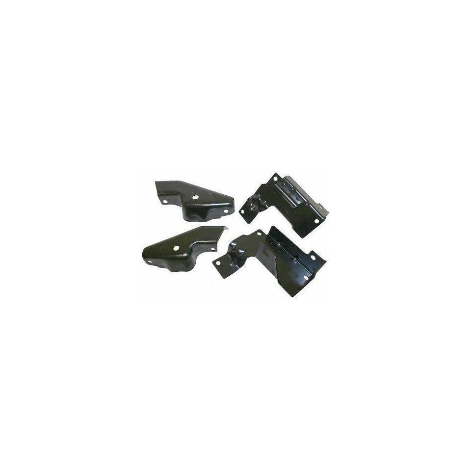 03 05 CHEVY CHEVROLET SILVERADO PICKUP FRONT BUMPER BRACKET SET TRUCK (2003 03 2004 04 2005 05) C013703 N/A
