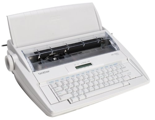 ELECTRONIC TYPEWRITER WITH DICTIONARY