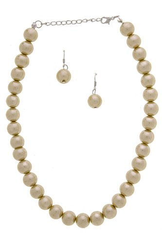 Trendy Fashion Jewelry Single Sheen Of Medium Pearl Necklace Set By Fashion Destination | (Gold)