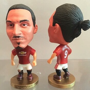 manchester-united-9-zlatan-ibrahimovic-toy-figure-25-home