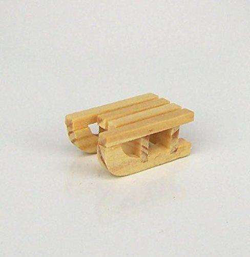 Mini-Schlitten aus Holz. Länge ca. 2,2 cm.. Krippenminiatur, Weihnachtskrippe. W067