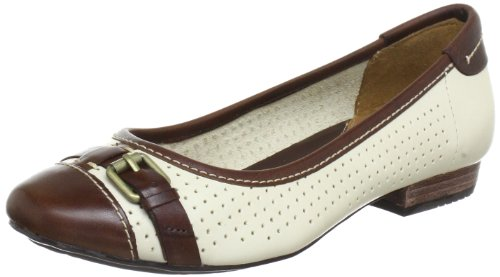 Clarks Henderson Fun Closed Womens Beige Beige (Bone Leather) Size: 4.5 (37.5 EU)