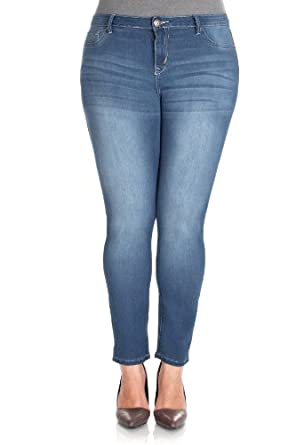 WallFlower Juniors Plus Size Slim Fit Jegging in Kristen Size: 24