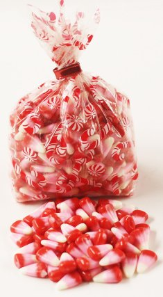 Scott's Cakes Cupid Corn in a 8 oz. Candy Cane Bag