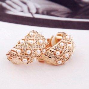 Buyinhouse Fashion Golden Plated Ring Shaped Rhinestones Pearls Gemstones Ear Wrap Ear Cuff Earrings Ear Stud Ear Rings