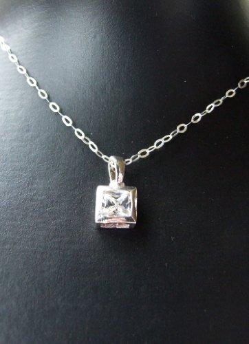 Decorum Jewellery Sterling Silver 925 Pretty Cubic Zirconia Pendant with 18