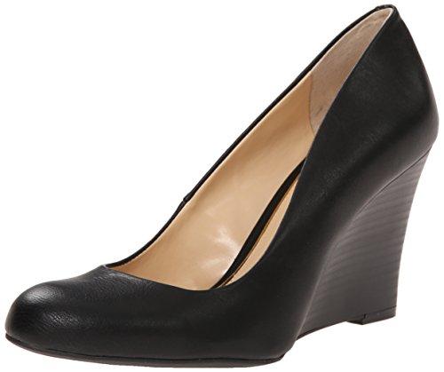 jessica-simpson-womens-cash-wedge-pump-black-85-m-us