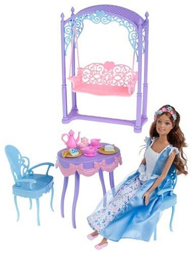 Hot Barbie Princess and the Pauper Erika Tea Party Mattel 2004 Rare