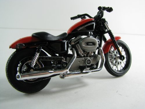 2007 Harley Davidson XL 1200N Nightster 1:18 Scale Series 31 by Maisto - 1