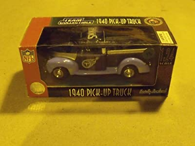 Tennessee Titans 1940 Pick-up Truck 1:24 Scale Die-cast Collectible