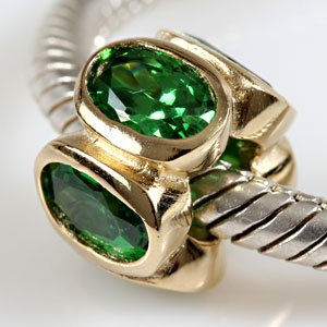 everbling oval lights with simulated emerald