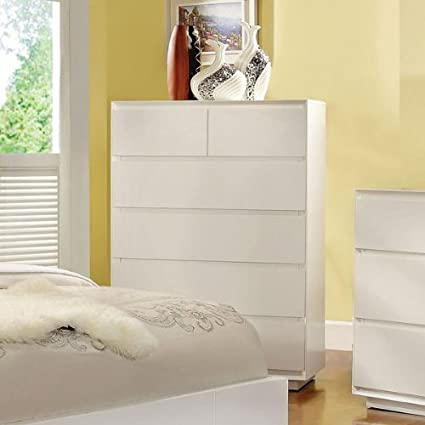 Felica White Finish Contemporary Style Bedroom Chest