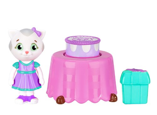 Daniel Tiger's Neighborhood Katerina's Birthday Party Mini Playset