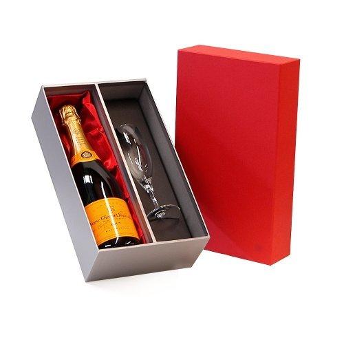 rojo-veuve-clicquot-champagne-de-750-ml-y-la-sensacion-de-lujo-y-de-la-flauta-de-plata-caja-de-regal