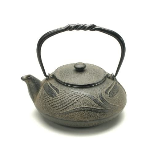 Kotobuki 480-318 Japanese Iron Tetsubin Teapot, Antique Dragonfly, Brown