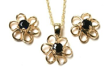 9ct Gold Sapphire Daisy Pendant and Earring set.
