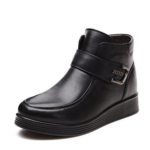 Plus taille maman shoes Chaussures en cuir /Chaussures de femmes d'âge mûr/ chaussures souples pour maintenir au chaud à la fin des vieilles chaussures /Bottes pour femmes