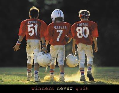 Winners Never Quit - Football Motivational Art Poster Print 28x22 Art Poster Print 28x22B0000WBF8O : image
